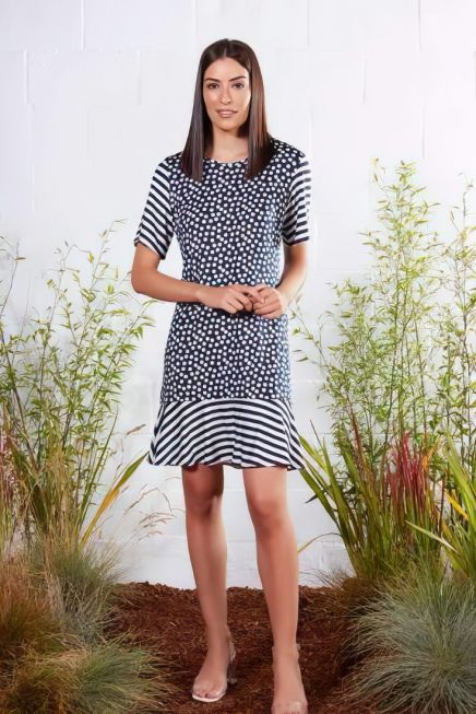 WOMAN DRESS 3/4 SLEEVES OPEN NECK OVER KNEE POIS AND STRIPES PATTERN